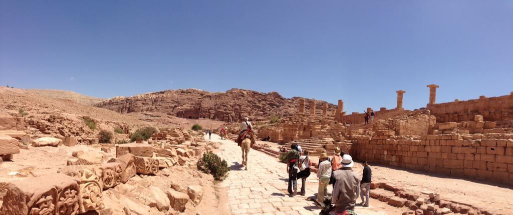 Jordan - Petra - Roman street