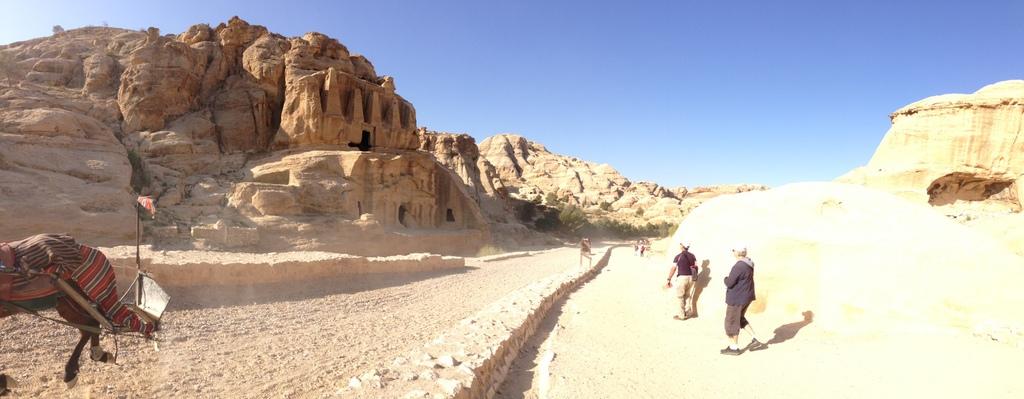 Jordan - Petra - entrance
