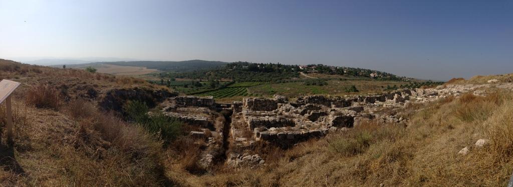 Gezer - Solomonic gate