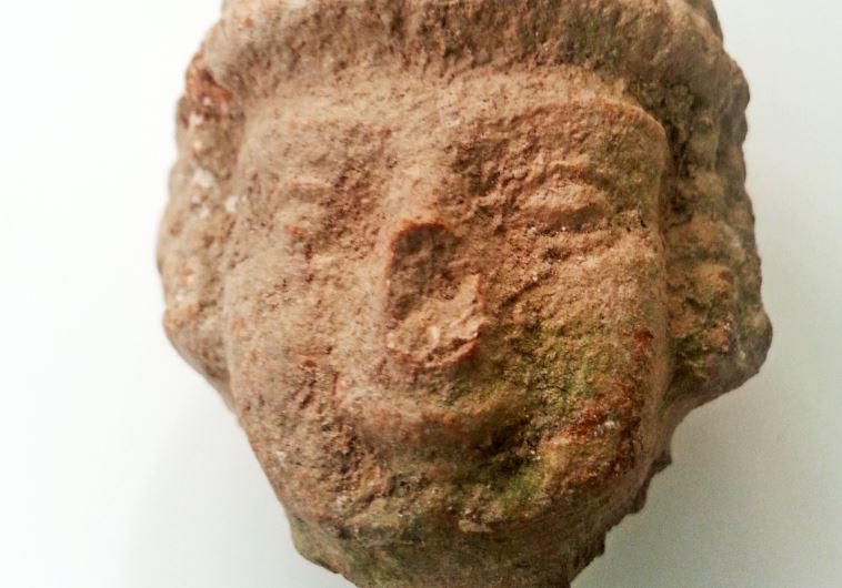 """Fertility head"" found at Beit Shemesh"