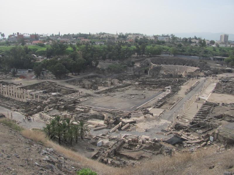 roman ruins beth shean