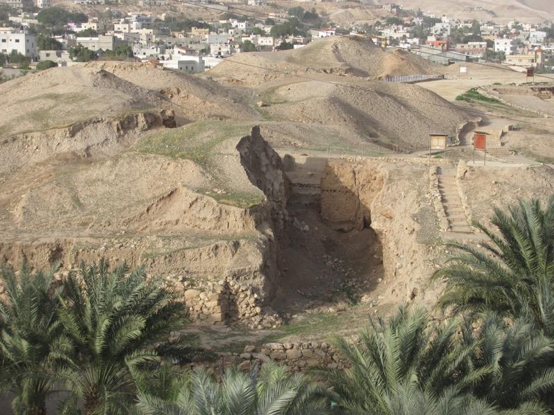 tel jericho walls