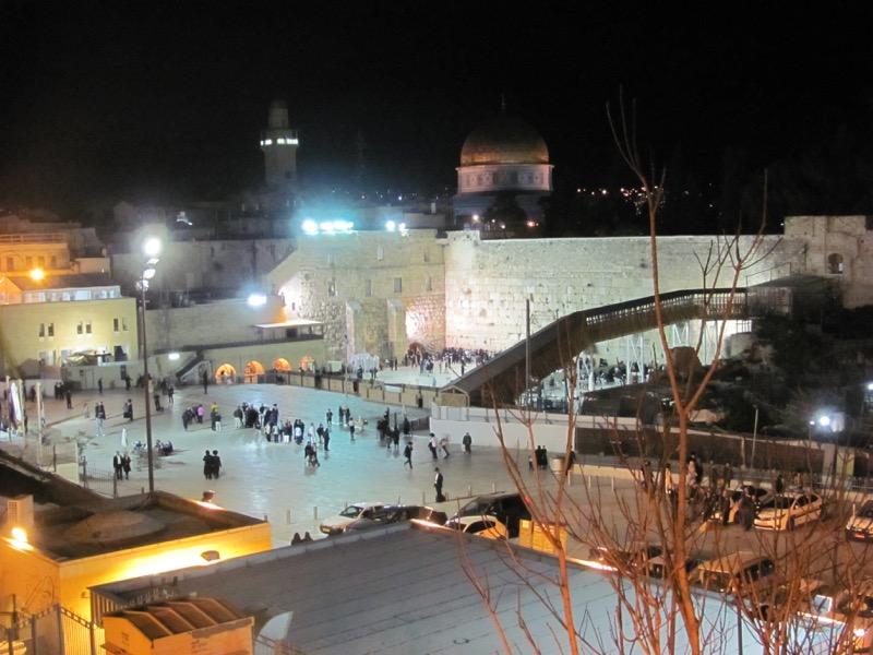 western wall jerusalem at night
