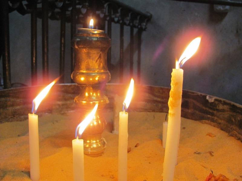 candles holy sepulcher church