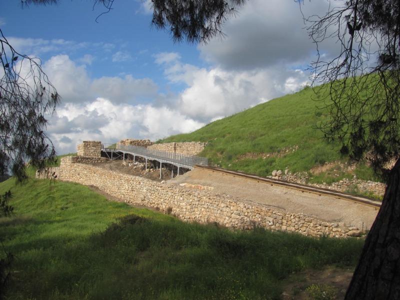 lachish israel ruins