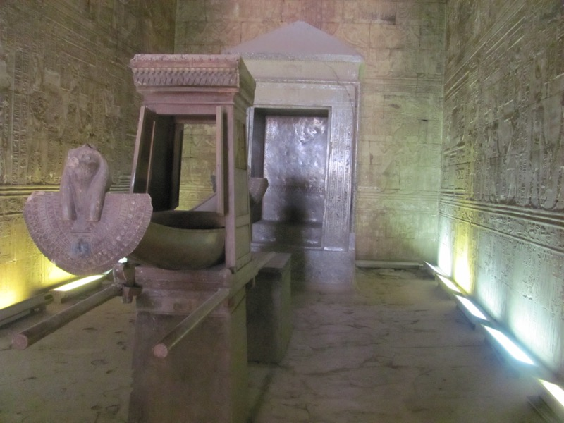 inner room egyptian temple
