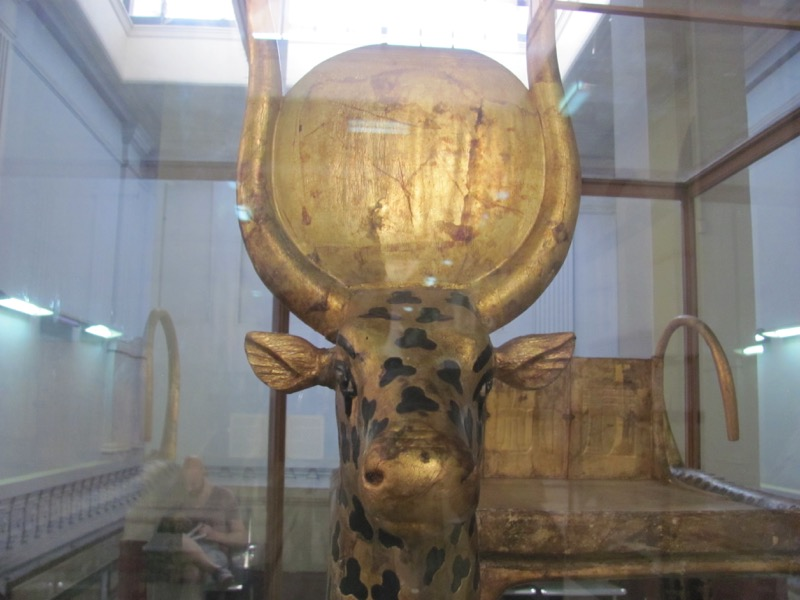 golden calf egyptian museum