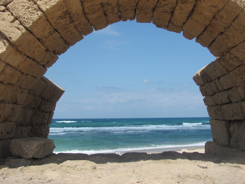 roman aquaduct caesarea israel