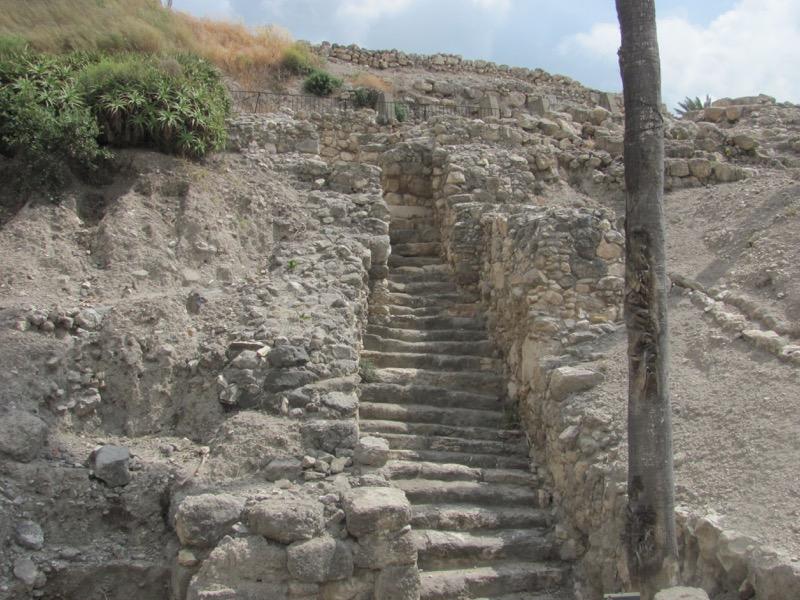 canaanite gate megiddo
