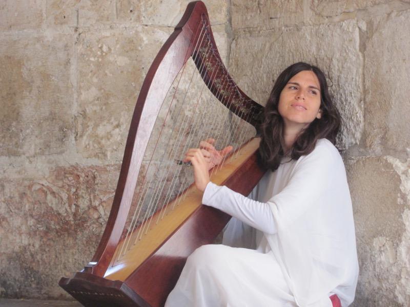 harp player jerusalem
