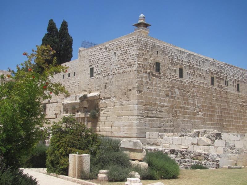 southwest corner of temple mount jerusalem