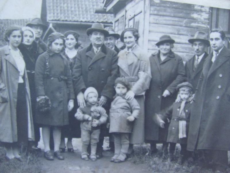 Shlomos Family from poland holocaust victims