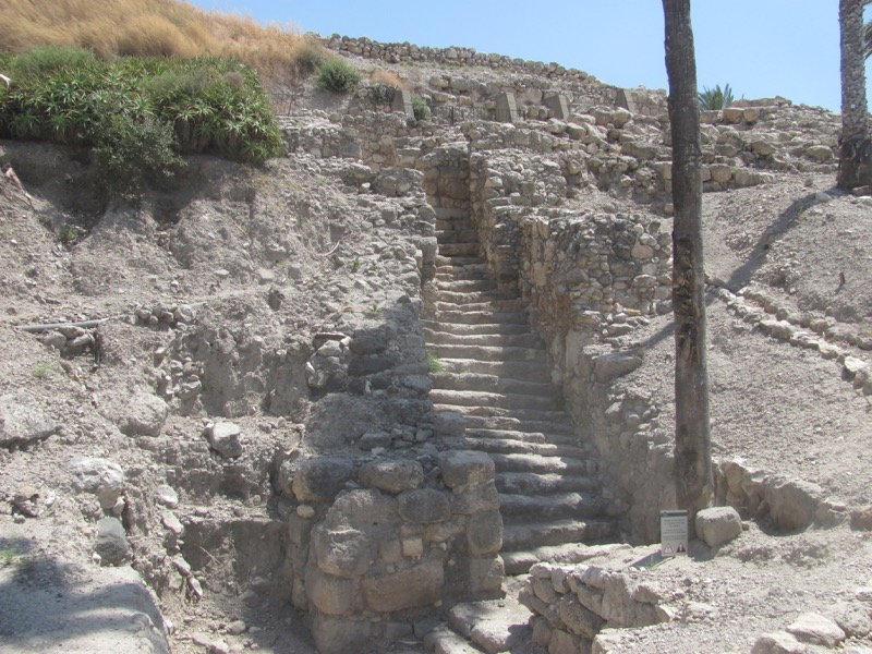 canaanite gate at megiddo