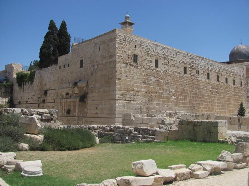 robinson's-arch-jerusalem