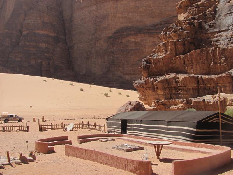 Wadi Rum-JOrdan-tent