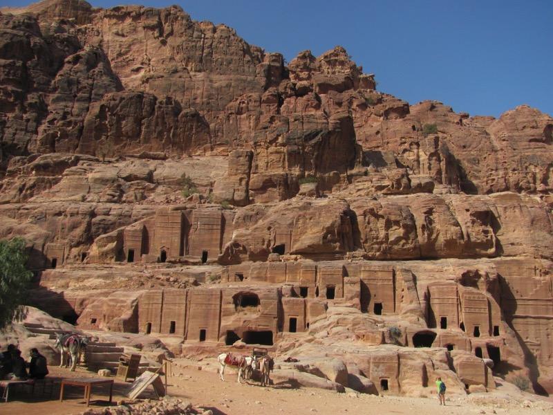 nabataean tombs petra jordan