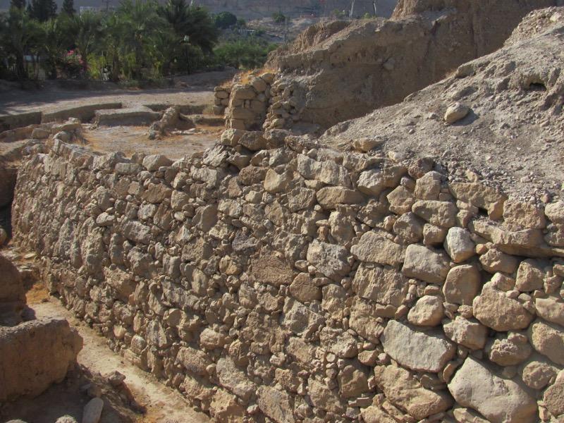 jericho retaining wall