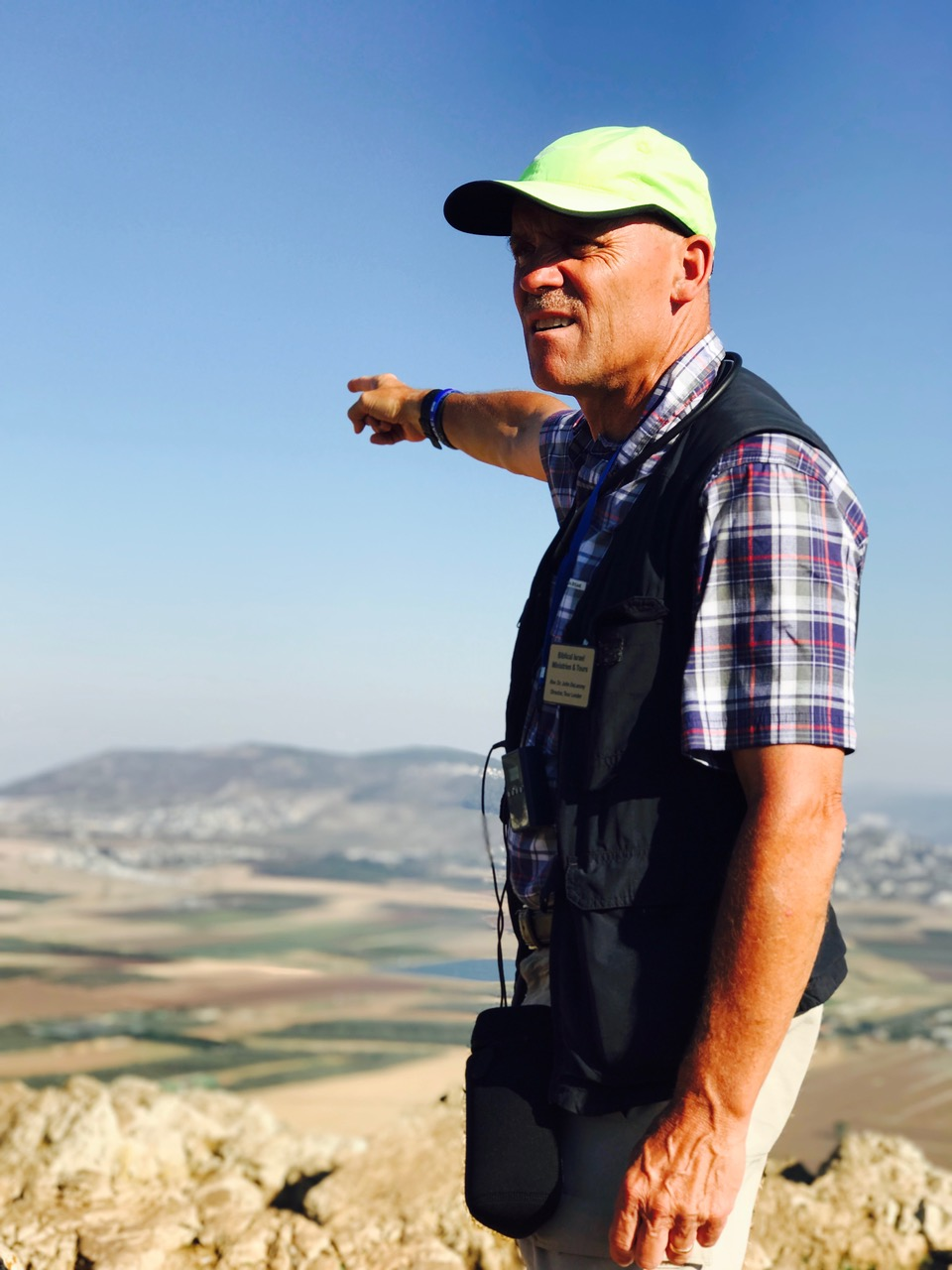 Dr. John teaching in the Jezreel Valley