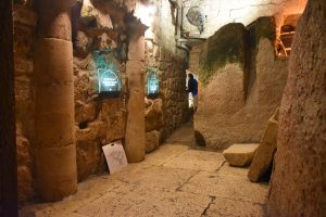 Rabbinical tunnel