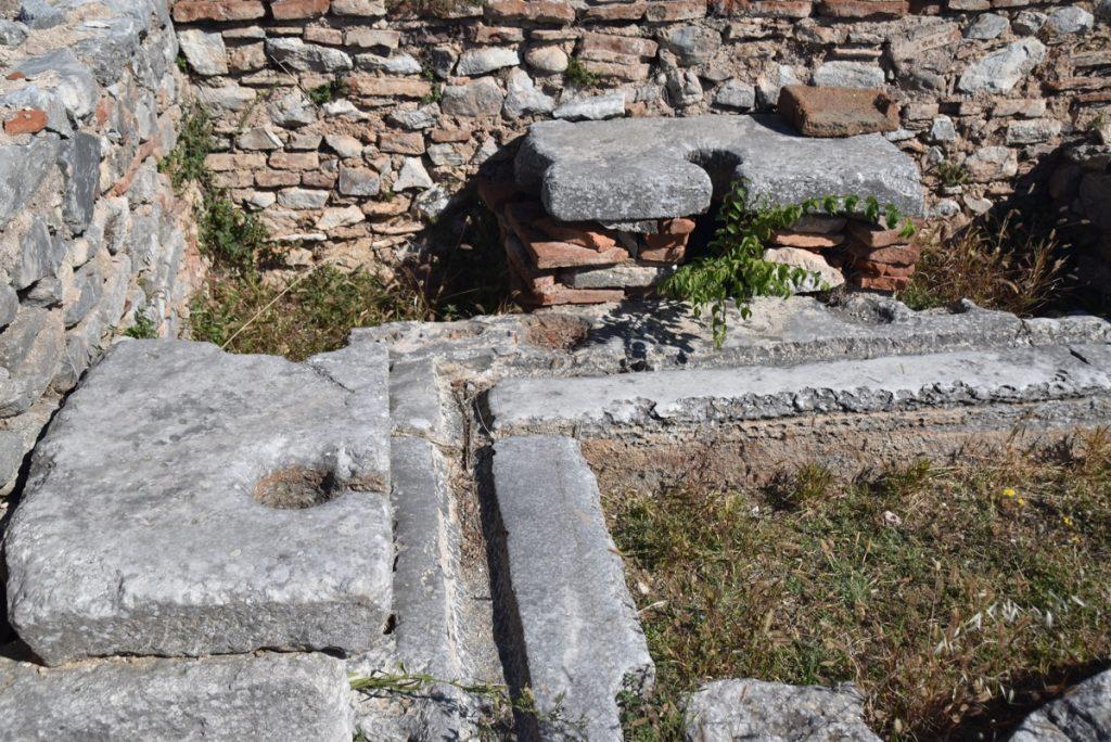 Philippi latrine 2017 Greece Tour