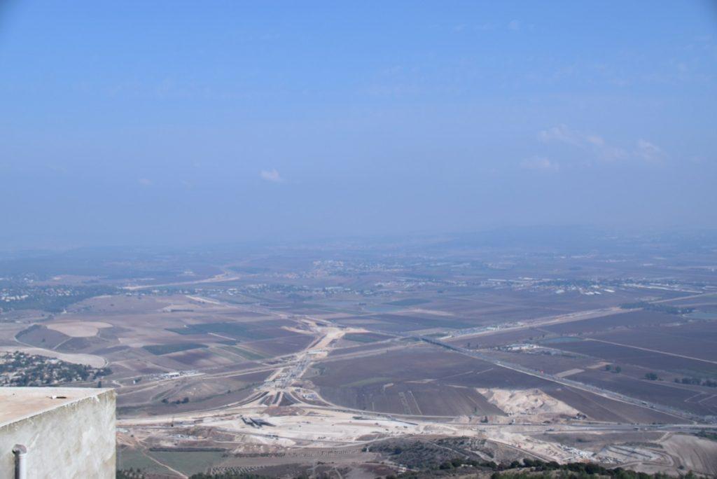 Jezreel Valley Oct-Nov 2017 Egypt-Jordan-Israel Tour Dr. John DeLancey