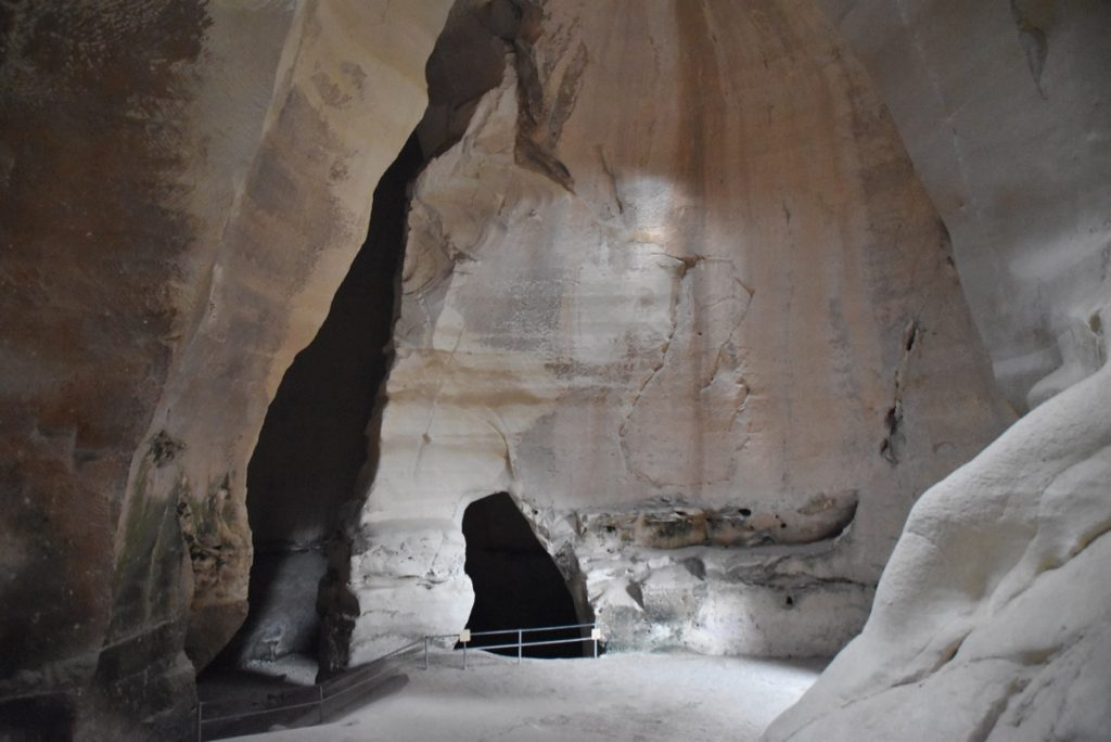 Beit Guvrin bell cave May 2018 Israel Tour Dr. John DeLancey
