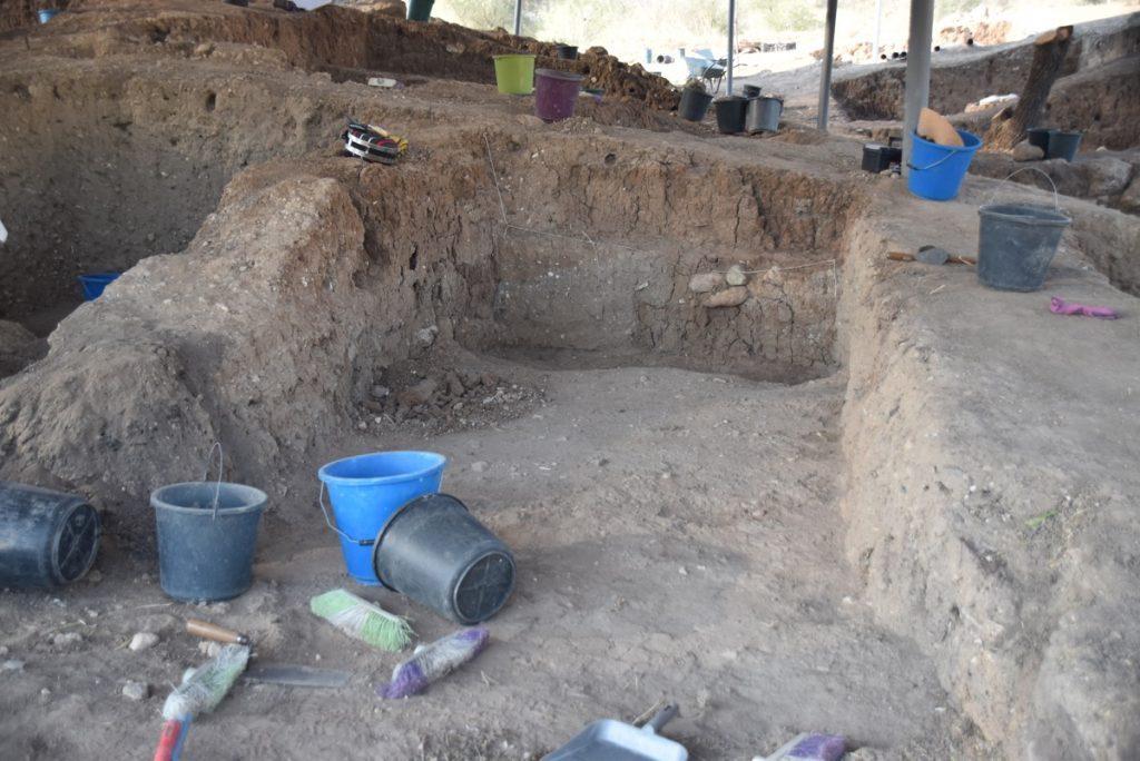 Gath Dig - Archaeological excavation of tel es-safi - Day 2