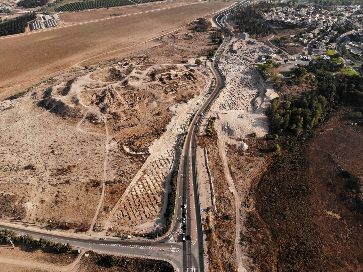 Beth Shemesh Bible Maps: Recent Archaeological Digging At Beth Shemesh (pic Credit