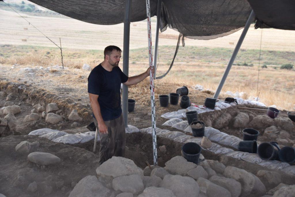 Tel Burna dig July 2019 Israel biblical archaeology