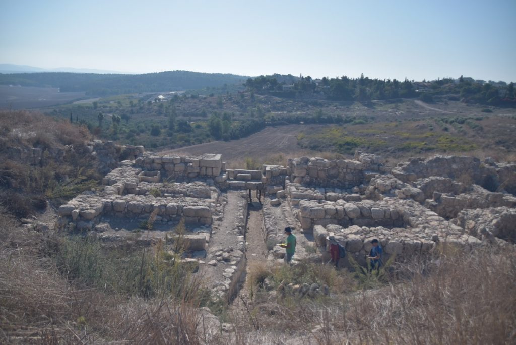 Tel Gezer Nov 2019 Israel Tour with John DeLancey