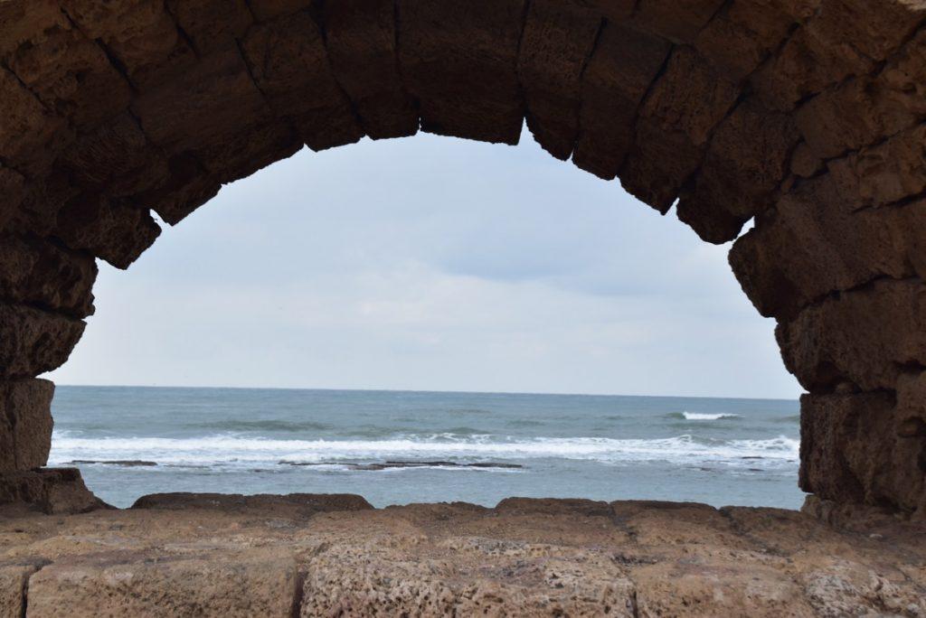 Caesarea Jan 2020 Israel Tour Group with John DeLancey & BIMT