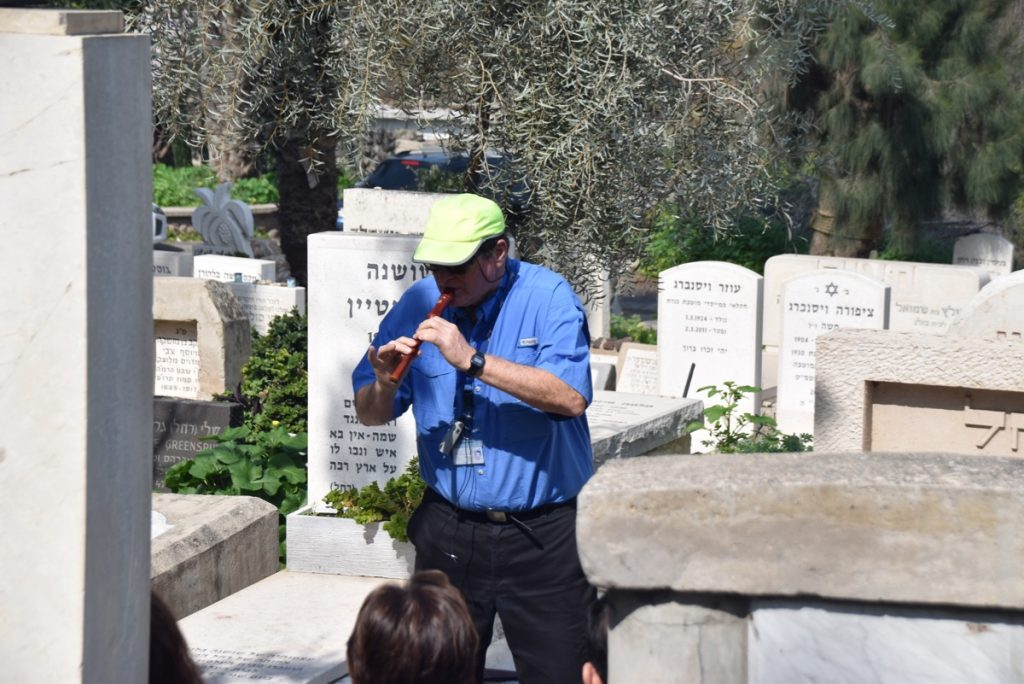 Kinneret cemetery Feb 2020 Israel Tour with John DeLancey
